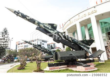베트남 전쟁 당시 북베트남 군이 사용한 S-75 미사일 (SA-2 가이드 라인) 지대공 미사일 23066552