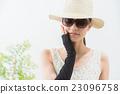 女性 草帽 墨镜 23096758