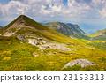 高山的 山丘 牧場 23153313