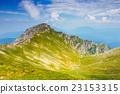 高山的 山丘 牧場 23153315