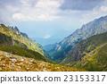 高山的 山丘 牧場 23153317