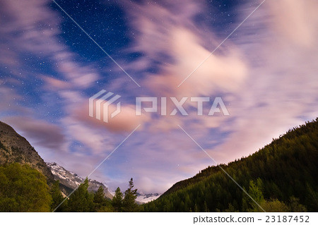The starry sky with blurred motion clouds 23187452