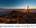 The rising sun over Uyuni Salt Flat, Bolivia 23191727