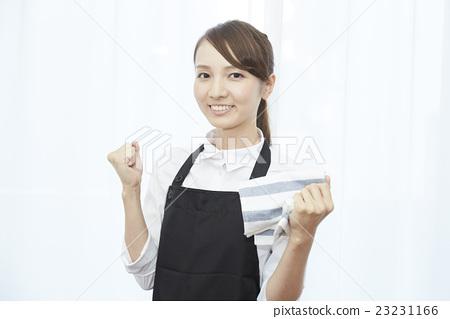 做家事的妇女 23231166