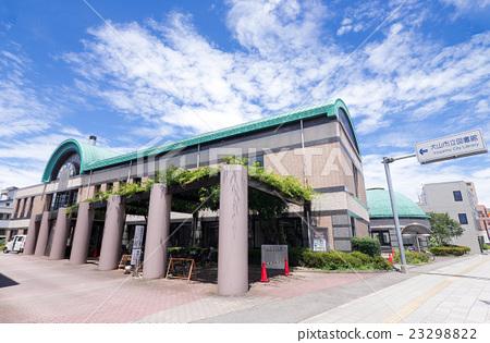 Inuyama City Library Main Building 23298822