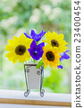 꽃병의 꽃 해바라기와 도라지 23400454