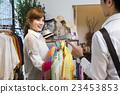 女性 客户服务 服装店 23453853