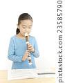 女孩 吹 端吹長笛 23585790