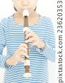女孩 吹 端吹長笛 23620353