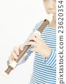 女孩 吹 端吹長笛 23620354