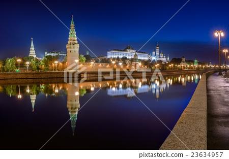 Panorama at night Kremlin in Moscow 23634957