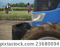 农场家庭父母工作风景 23680094