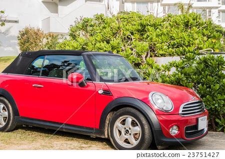 Mini rover parked at a resort hotel in Ishigakijima 23751427