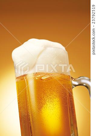 生啤 含汽葡萄酒 啤酒 23792519