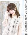 年轻女士的发型 23820402