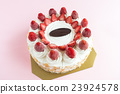 Strawberry ice cream cake 23924578