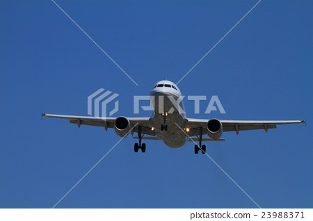airplane 23988371