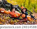 halloween kids pumpkin 24014588