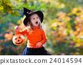 halloween kids pumpkin 24014594