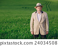 old man in field 24034508