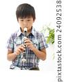 少年 演奏 端吹長笛 24092538