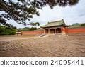 Fragrant concubine cemetery  24095441