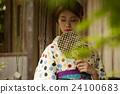 和服女性肖像 24100683