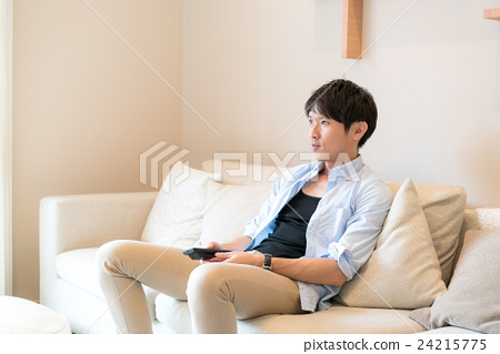 Male image to relax by watching TV 24215775