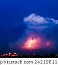 폭풍우, 천둥, 우뢰 24219811