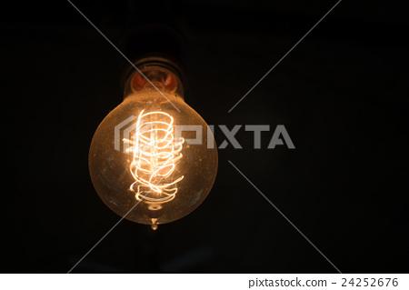 Light bulb 24252676