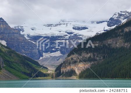 Canadian Rockies: Lake Louise 24288751