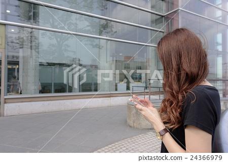 一個正在開會的女人 24366979
