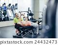 啞鈴 肌肉練習 鍛煉肌肉 24432473