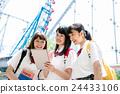 高中女生 游乐园 主题公园 24433106