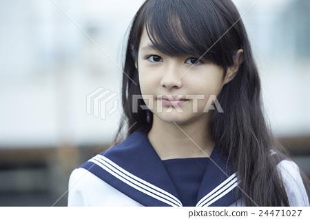 Girls Junior High School Portrait 24471027