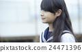 女子初中肖像 24471396