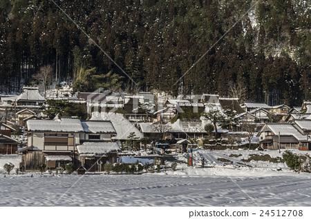 Kyoto Miyama-cho snow scene 24512708