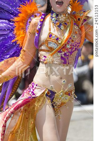Samba dancer 24513153