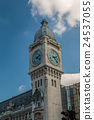 The clock tower of Gare de Lyon in Paris  24537055