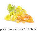 Raisins with grape 24632647