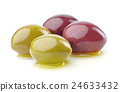 Olives with oil 24633432