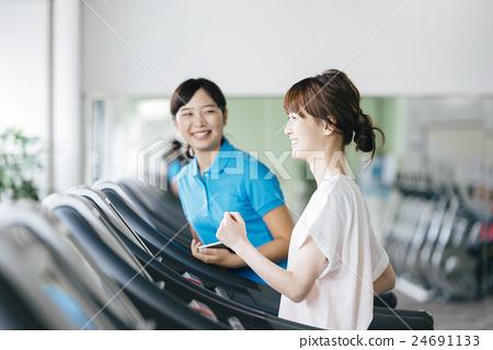 健康 适当 健身 24691133