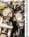 Detail of veteran motorbike with symbolic gas mask 24695614