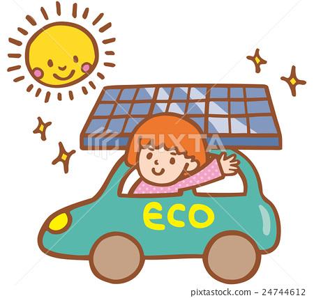 一輛環保汽車 太陽能板 一個年輕成年女性 24744612