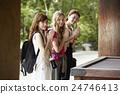 參觀神社或寺廟 旅遊 旅行者 24746413