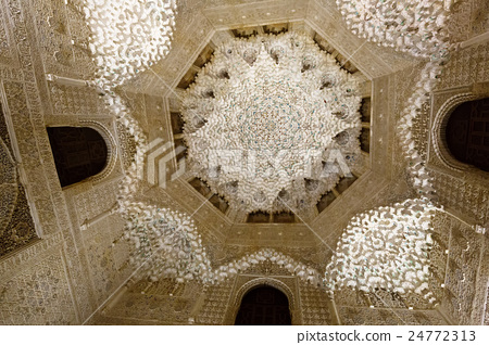 Dome of Hall of the two Sisters at Royal complex of Alhambra 24772313