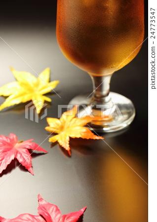 Autumn beer image 24773547