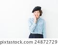 베레모 여성 (흰색 배경) 24872729