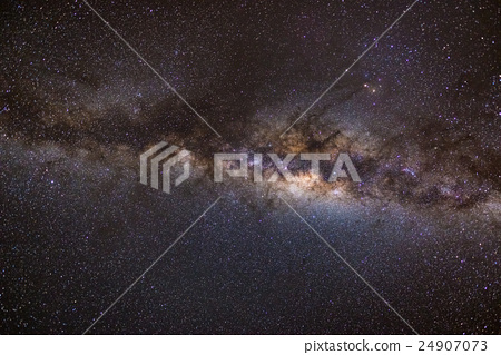 The austral Milky Way, with details of its colorful core 24907073