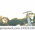 เครื่องบิน,พับเครื่องบินกระดาษ,มือ 24920196